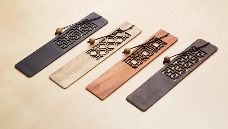语文:古琴木质创意红木书签